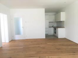 Wohnung mieten » Top B11 - Dachgeschosswohnung mit Loggia » Anton-Bruckner-Hof Ansfelden